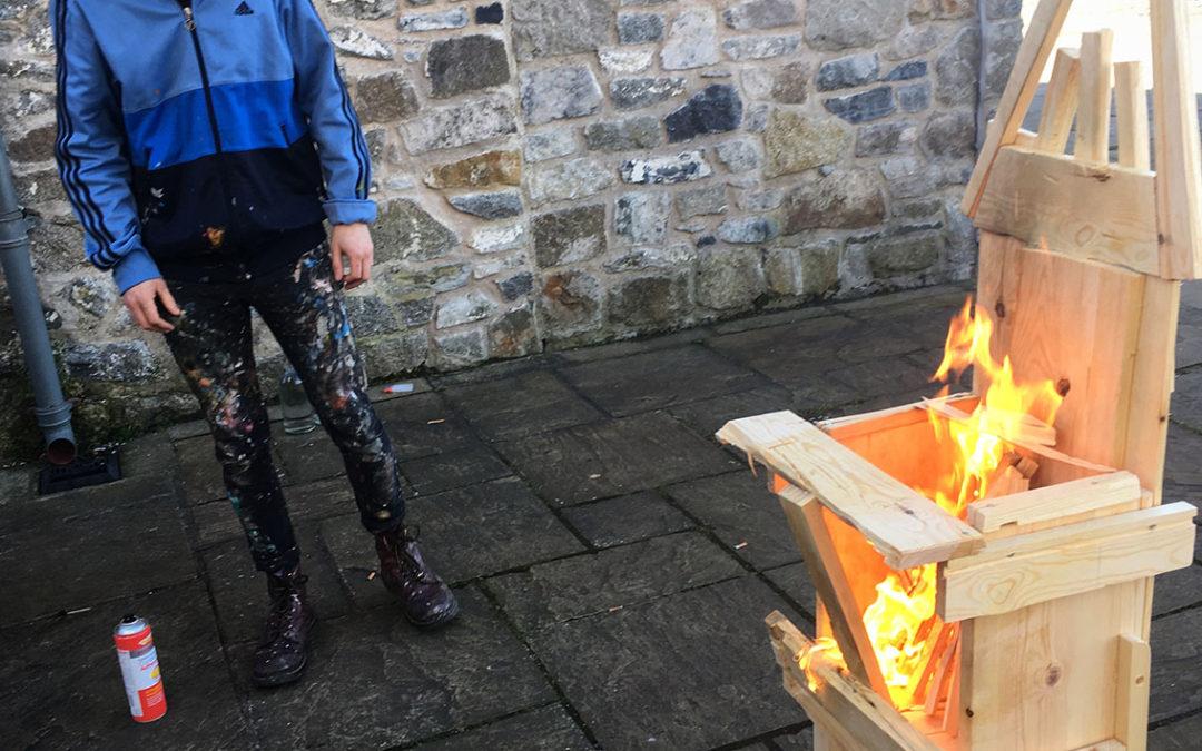 I'r Byw // Llŷr Alun Jones // Galeri, Caernarfon // GISDA