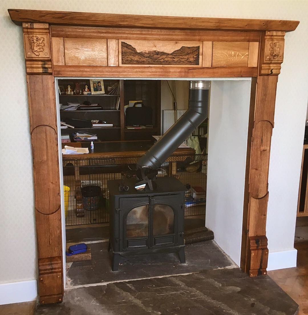 Cwmpas Lle Tân Addurnedig – Decorated Fireplace Surround