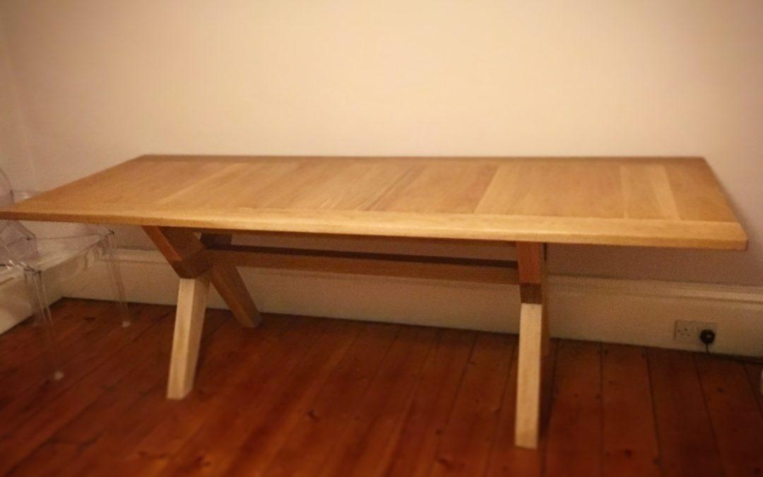 Bwrdd Bwyd Segontium – Segontium Dining Table