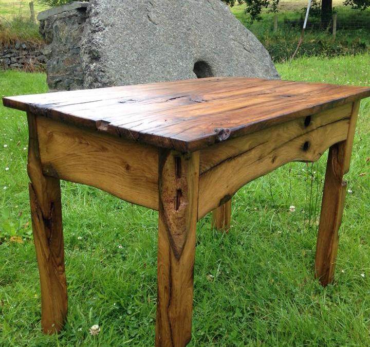 Bwrdd Derw Nant Conwy Table